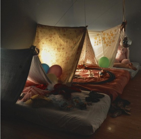 cool-kids-rooms-with-play-tents-30-554x547